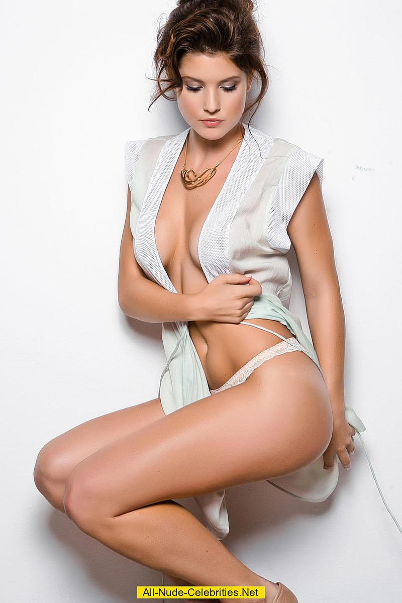 amanda cerny in sexy lingeries photoshoot