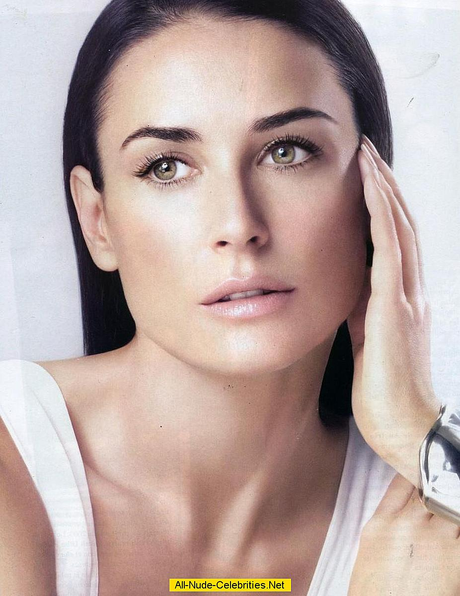 Demi Moore various non nude but sexy scans from mags
