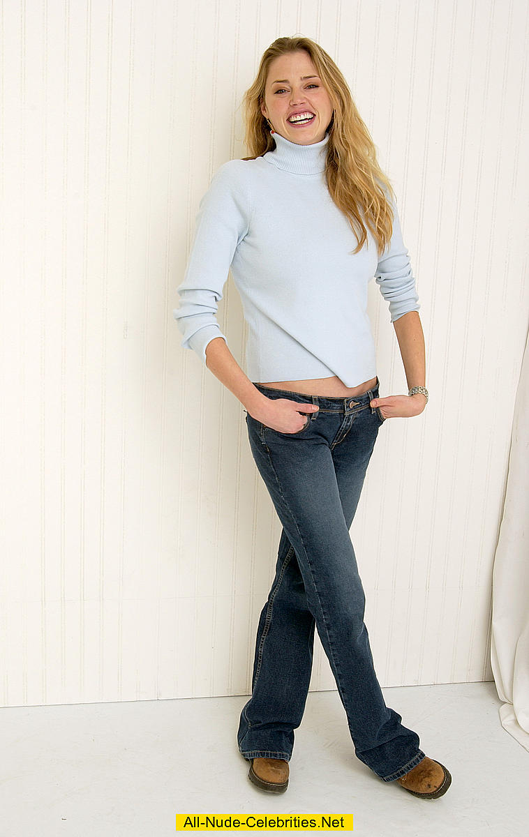 A great look for fall with your favorite jeans. The loose weave is trimmed with stone wash denim and brass buttons. A fun look for all seasons. Model is wearing Medium: Bust 36 Waist /5(79).