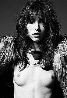 Grace Hartzel black-&-white fashion photoset