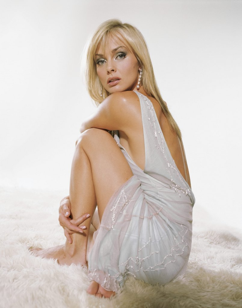 izabella scorupco 14 4314f17208a2 Long Teen Nipples   Mariah Milano   Free Porn pics, ...