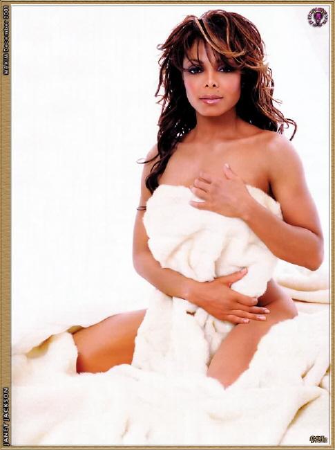 naked photo plus size woman