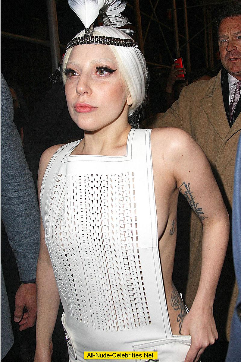lady gaga side of boob and see through