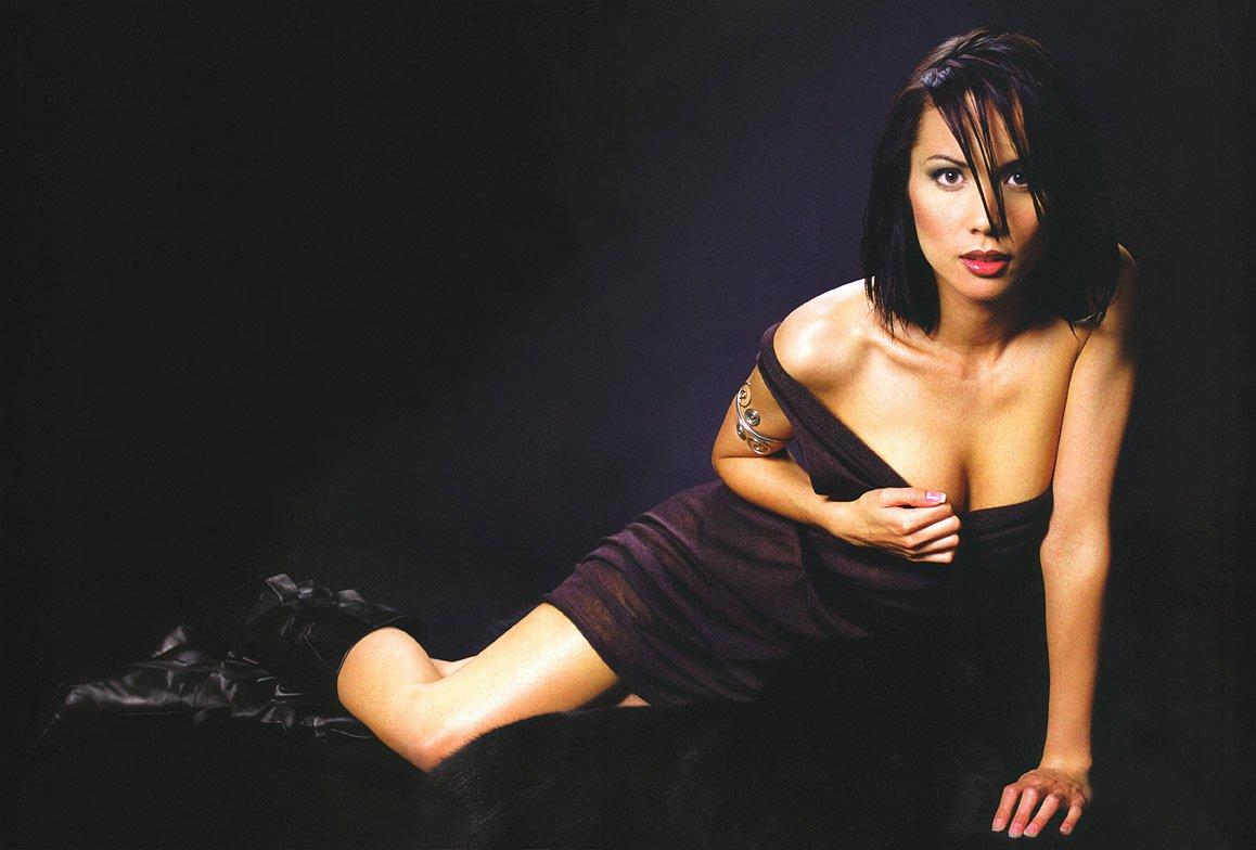 Lexa doig women of scifi calendar photoshoot 2