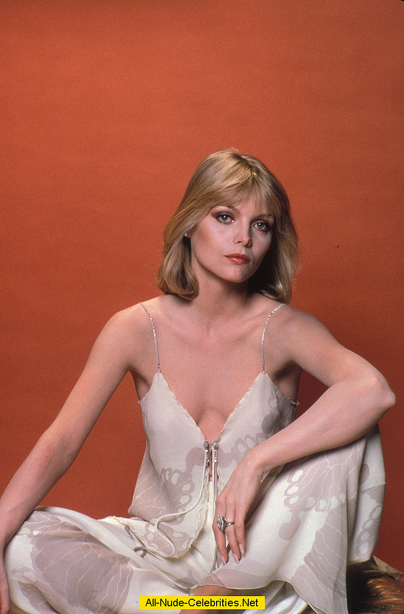 young michelle pfeiffer nude