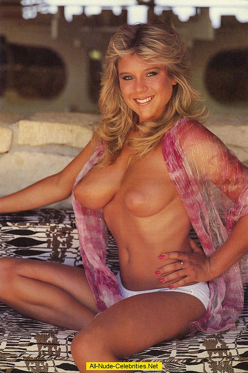 Samantha fox boobs